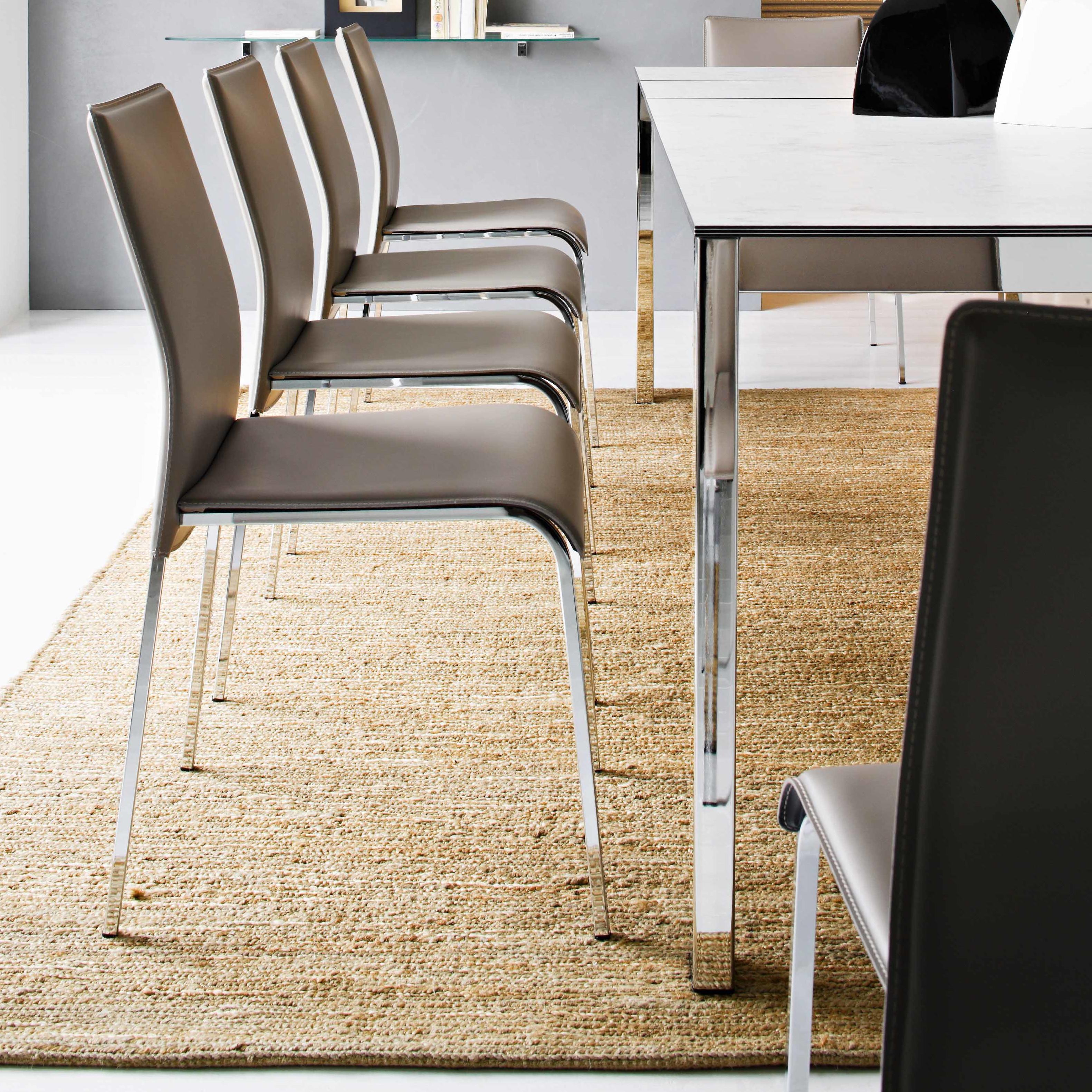 Easy hip furniture for Hip furniture