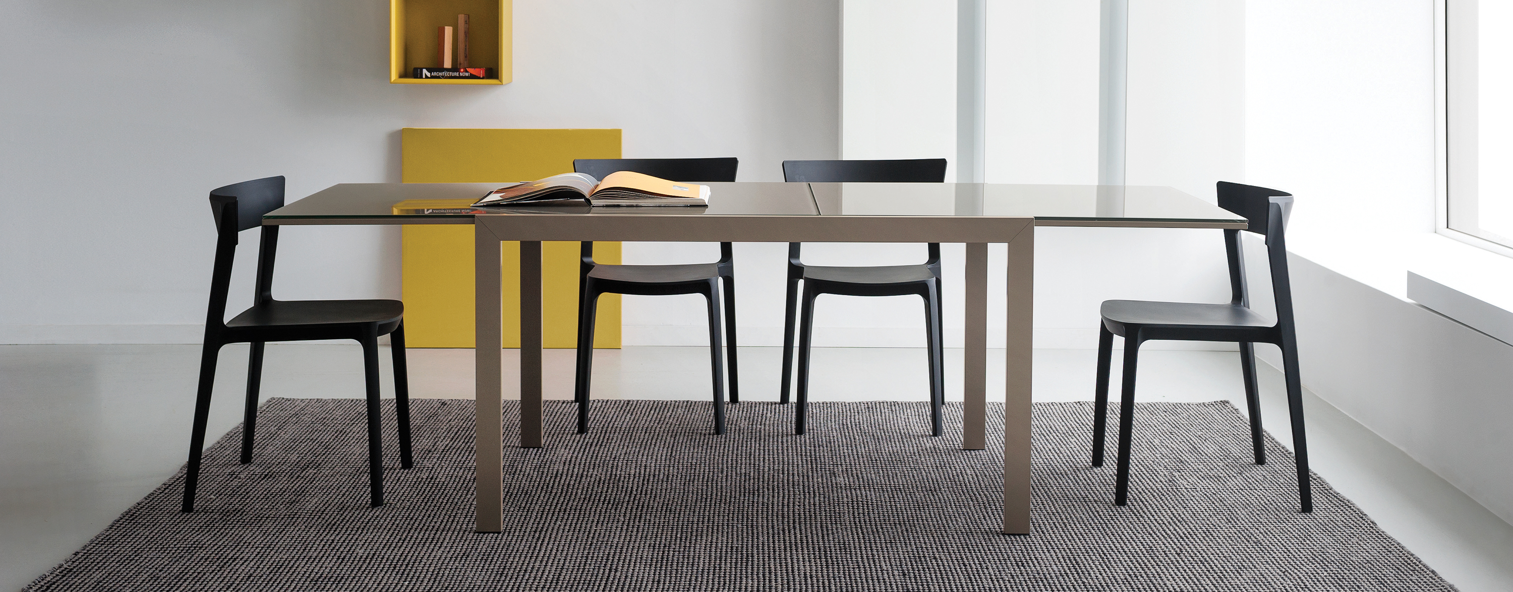Skin chair hip furniture for Calligaris key table