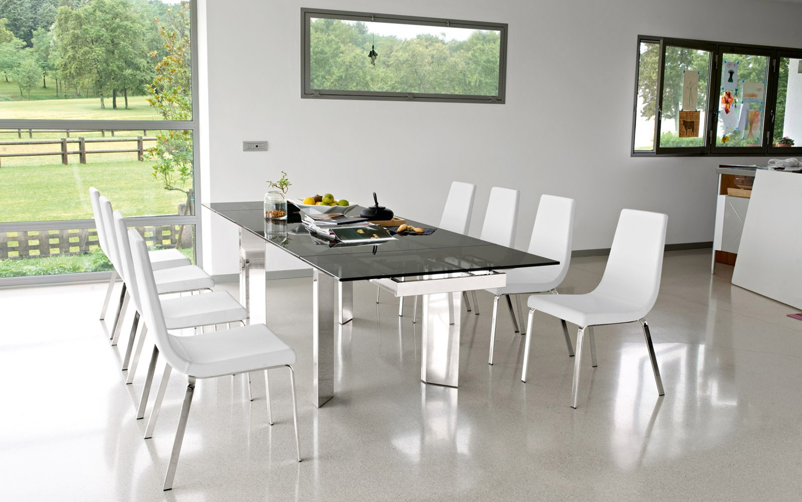 Holidayworthy Dining Furniture By Calligaris Hip Furniture